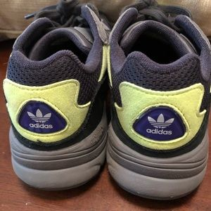 adidas Shoes - Adidas Yung 96